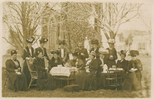 The Milton PWMU taking tea outdoors.
